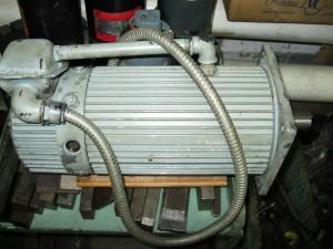 Двигатель постоянного тока K7711