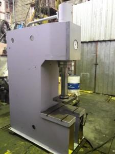 Пресс гидравлический одностоечный П6326 (40 тс)